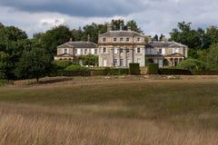 HAMMERWOOD, SUSSEX/UK - 23 DE JULIO: Vista de la casa del parque de Hammerwood fotografía de archivo libre de regalías