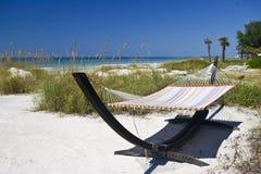 Hammock sulla spiaggia Immagini Stock