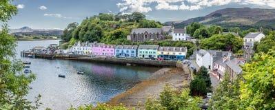 Hamn av den Portree ön av Skye, Skottland Royaltyfri Fotografi