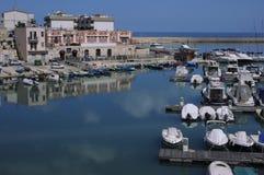 Hamn Bisceglie - Apulia - Italien Arkivbilder