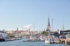 Hamn för havsport och gammal stad i den tallinn staden Royaltyfri Fotografi