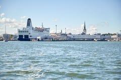 Hamn för havsport och gammal stad i den tallinn staden Fotografering för Bildbyråer