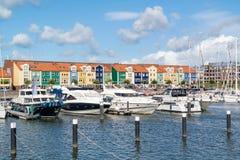 Hamn i Hellevoetsluis, Nederländerna arkivbilder