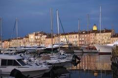 Hamn i Saint Tropez, franska Riviera, Arkivfoton