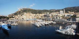 Hamn och horisont av Monte - carlo, Monaco Arkivfoton