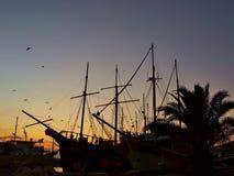 Hamn på solnedgången Arkivfoton