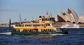 hamn sydney för Australien fartygfärja Royaltyfria Foton