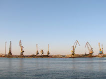 hamnarbete för kranar åtta royaltyfria foton