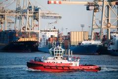 hamnbogserbåt arkivfoto