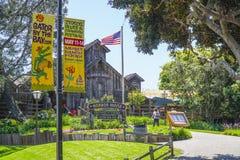 Hamnhus i San Diego Seaport Village - SAN DIEGO - KALIFORNIEN - APRIL 21, 2017 Royaltyfri Bild