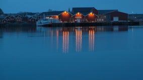 Hamnoy bij de lentenacht, Lofoten-eilanden, Noorwegen stock footage