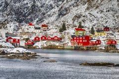 Hamnoy e Reine Villages Houses de ilhas de Lofoten em Noruega fotografia de stock royalty free