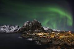Hamnoy nordliga ljus Arkivfoton