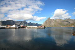 Hamnoy' summer mirrors Royalty Free Stock Photos