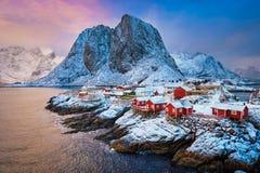 Hamnoy wioska rybacka na Lofoten wyspach, Norwegia fotografia stock