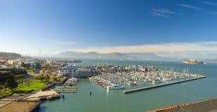 hamnplats för fiskaremarinapir s Royaltyfria Bilder