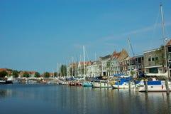 hamnsemesteryacht Arkivfoto