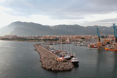 Hamnstad och stad Palermo Italien Royaltyfri Foto
