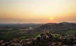 Hampi, India Mening van Hanuman-tempel bij zonsondergang royalty-vrije stock fotografie