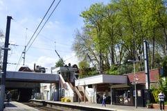 Hampstead Heath Overground Tube Station i London UK royaltyfria foton
