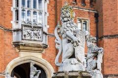 Hampton Court στη θερινή ημέρα στοκ φωτογραφίες με δικαίωμα ελεύθερης χρήσης