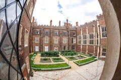 Hampton Court en día de verano Foto de archivo