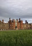 Hampton Court Palace. This Royal Palace on the banks of the river Thames was built for King Henry VIII Stock Images