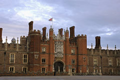 Hampton Court Palace. This Royal Palace on the banks of the river Thames was built for King Henry VIII Stock Photo