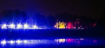 Hampton Court Palace na noite Imagem de Stock Royalty Free