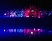 Hampton Court Palace vid natt Fotografering för Bildbyråer