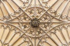 Hampton Court w letnim dniu Fotografia Royalty Free