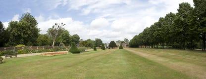 Hampton Courtpanorama Lizenzfreie Stockfotografie