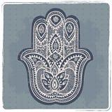 Hamsa disegnato a mano indiano di vettore con gli ornamenti illustrazione di stock