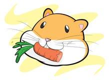 Hamster, der eine Karotte isst Lizenzfreie Stockfotos