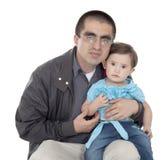 Han älskar hans lilla dotter Arkivfoton