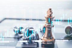 Han gör till kung schackstycket med schack som andra som är närliggande, gå ner från att sväva begrepp för brädelek av affärsidée arkivfoto