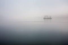 Han rzeka, spokojna jutrzenkowa Sosnowa wyspa fotografia stock
