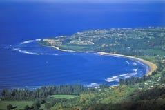 Hanalei海湾,考艾岛,夏威夷鸟瞰图  免版税库存照片