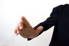 Hand bedrijfsmens die op een interface van het aanrakingsscherm duwen Stock Afbeeldingen