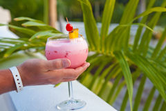 Hand with cocktail Royalty Free Stock Images