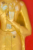 Hand der Buddha-Statue stockfoto