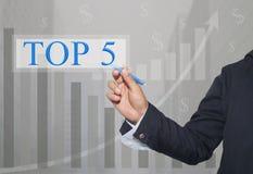 Hand des Geschäftsmannes Write ein Text von TOP5 lizenzfreie stockfotos