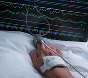 Hand des hospitaled Patienten Lizenzfreies Stockbild