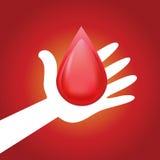 Hand, die Blutstropfen-Symbol gibt Stockfotos
