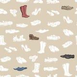 Hand die diverse types van verschillend schoeisel in vector trekken Stock Afbeeldingen