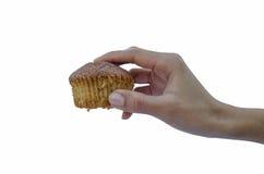 Hand die een cupcake houden Royalty-vrije Stock Foto