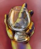 Hand die een glas houdt Royalty-vrije Stock Foto