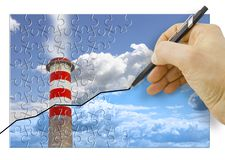Hand die een grafiek over Co2-emissies in atmosfeer trekken - conceptenbeeld stock foto's