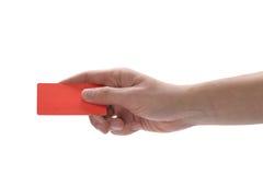 Hand, die eine Kreditkarte anhält Stockfoto