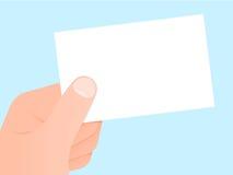 Hand, die eine unbelegte weiße anhält (Geschäfts) Karte Stockbild